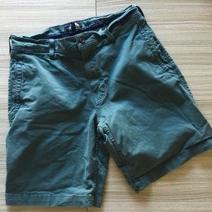 The North Face forest green shorts